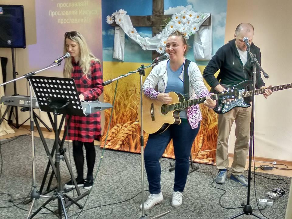 Музыкальное прославление Пасхального служения